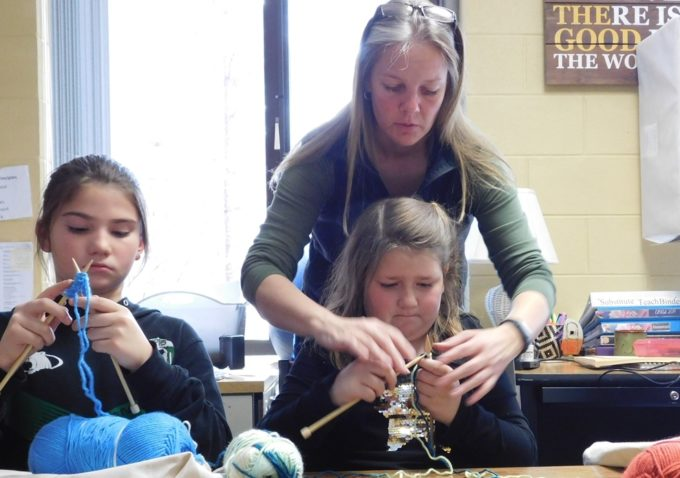 CES-Knitting-Master-Class-March-2019.jpg