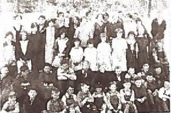 Group picture of students in 1925